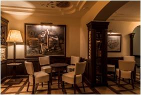 Oroszlanos Wine Restaurant & Hotel, Reception area - Tallya
