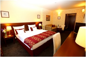 Superior room, Oroszlanos Wine Restaurant & Hotel, Tallya