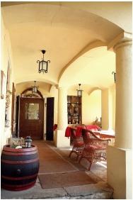 Roof Terrace - Oroszlanos Wine Restaurant & Hotel