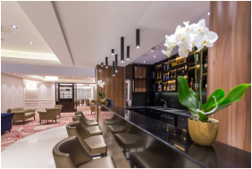 Bár - Outlet Hotel Polgár