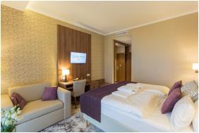szobabelső - Outlet Hotel Polgár