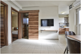 Pandora Zsory Apartments,
