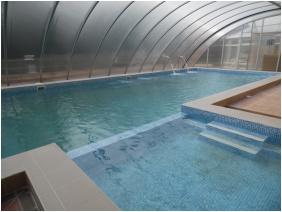 Panorama Hotel Noszvaj, Noszvaj, Adventure pool