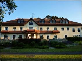 Aquilo Hotel Panorama Tihany, Front view - Tihany