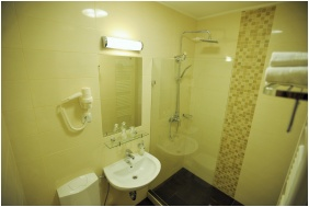 Park Hotel Gyula, Bathroom