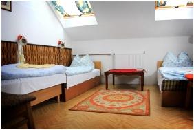 Triple room, Park Hotel Taltos, Felsotarkany