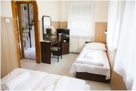 Passzio Pension, Budapest, Comfort triple room