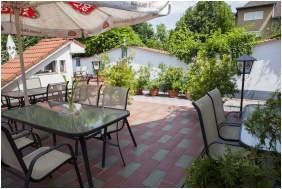 Open-air terrace - Passzio Pension
