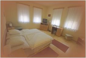 Hotel Vadaszkurt, Szekesfehervar, Comfort double room