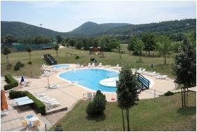 Petnehazy Club Hotel, Outside pool