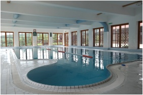 Petnehazy Club Hotel, Swimming pool