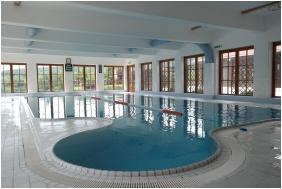 Petnehazy Club Hotel, Swimming pool
