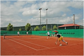 Petnehazy Club Hotel, Budapest, Tennis court