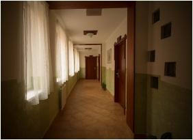 Folyosó - Pincelakat Borház & Szálloda