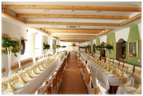 Esküvői teríték - Pincelakat Borház & Szálloda