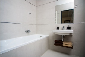 Plage Hotel, Bathroom