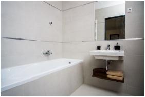 Plage Hotel, Bathroom