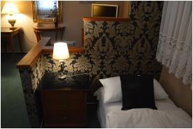 Triple room, Hotel Platan Sarvar, Sarvar