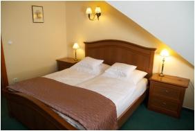Loft room - Hotel Platan Sarvar