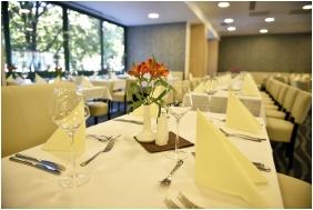 Portobello Wellness & Yacht Hotel, Restaurant - Eszterom