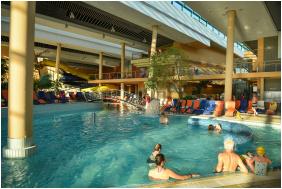 - Portobello Wellness & Yacht Hotel