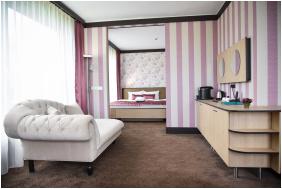 Portobello Wellness & Yacht Hotel,