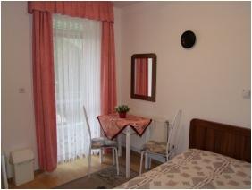 Kétágyas szoba, Rajna Apartman, Bogács