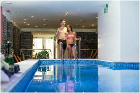 Relax Hotel Hévíznél, Cserszegtomaj, Élménymedence