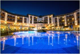 Lotus Therme Hotel & Spa, Úszómedence - Hévíz