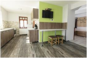 szobabelső, Róma Apartmanház, Bogács