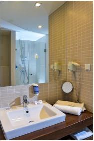 Bathroom, Royal Club Hotel, Visegrad