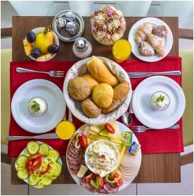 Royal Club Hotel, Buffet breakfast - Visegrad