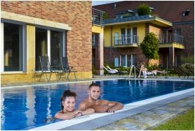 Outside pool, Royal Club Hotel, Visegrad