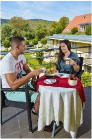 Terrace, Royal Club Hotel, Visegrad