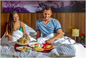 Breakfast, Royal Club Hotel, Visegrad