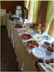 - Salvus Family Pihenő Park