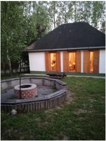 Salvus Family Pihenő Park, Bükkszék, Kert