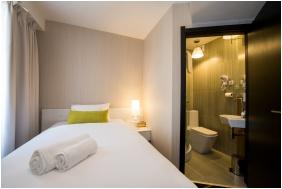Hotel Science, Economy single room