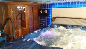 Siesta Club Hotel, Harkany, Infrared sauna