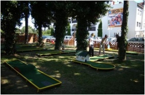 Siesta Club Hotel, Harkany, Golf court
