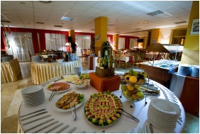 Restaurant - SunGarden Wellness & Conference Hotel