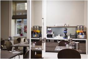 Breakfast room, Bo18 Hotel Superior, Budapest