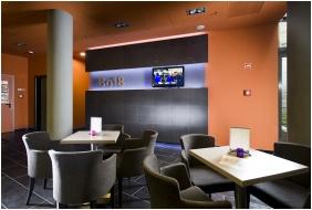 Bo18 Hotel Superior, Reception area - Budapest