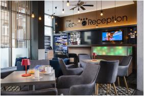 Bo18 Hotel Superior, Budapest, Edificio a notte