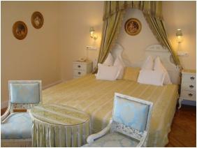 Szárcsa Hotel, Franciaágyas szoba
