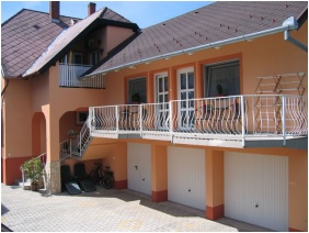 Garázs, Szécsényi Apartman, Hévíz