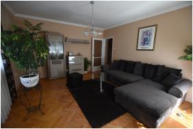 - Szécsényi Apartman
