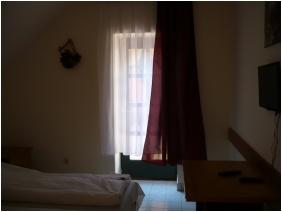 Szent Hubertus Panzió, Parádsasvár, Családi apartman