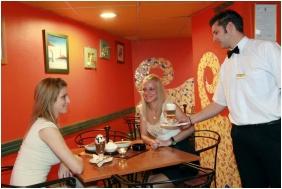 Coffee shop, Hotel Szent Istvan, Eger