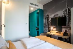 - T62 Hotel